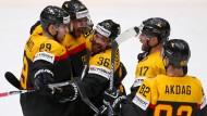 Auf in den Kampf: Das deutsche Eishockey-Team will Russland überraschen