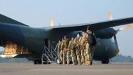 Seehofer sieht eklatante Schwachstellen bei der Bundeswehr