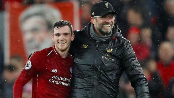 Klopp bleibt mit Liverpool an der Spitze