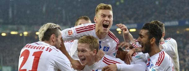 So sehen Sieger aus: Hamburg bejubelt den Derby-Sieg