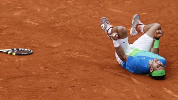 Nadal stürmt gegen Söderling zum fünften Titel