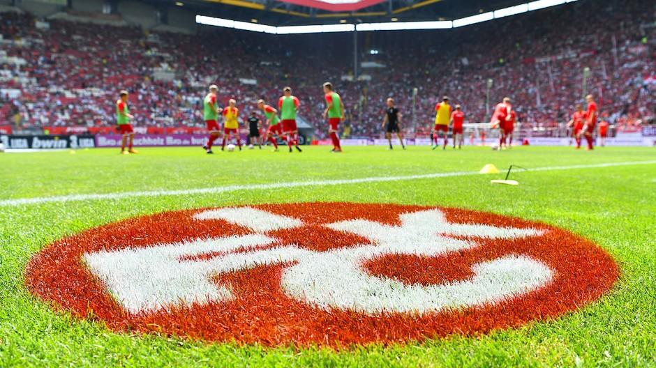 Der 1. FC Kaiserslautern befindet sich in der dritten Liga – und im Existenzkampf.