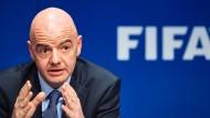 """""""Die Fifa geht von der Verteidigung in den Angriff über"""": Gianni Infantino."""