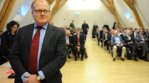 Warten auf Prozessbeginn: der frühere KirchMedia-Geschäftsführer Dieter Hahn