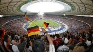 Deutschland will Gastgeber der Fußball-EM 2024 werden.