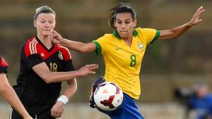 Deutsche Frauen besiegen Brasilien