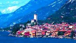 Gardasee: Italienischer Klassiker vor Bergkulisse