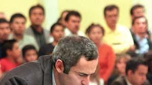 König Kasparow schlägt zurück