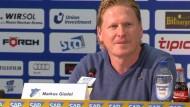 Mit einem Trainerwechsel will der TSG 1899 Hoffenheim den Weg aus dem Tabellenkeller in Angriff nehmen.
