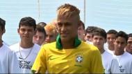 Der junge brasllianische Fußball-Stürmer heuert in Spanien an.