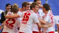 Freiburg und Paderborn steigen ab - HSV in Relegation