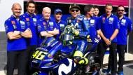 Auf ein Neues: Valentino Rossi bleibt der MotoGP noch erhalten.