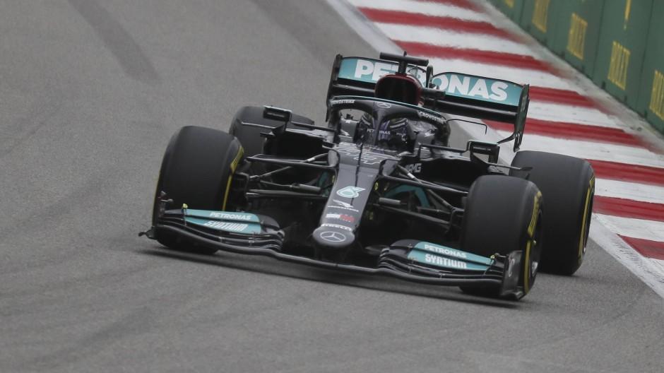 Der Beste: Formel 1: Hamilton gewinnt Großen Preis von Russland