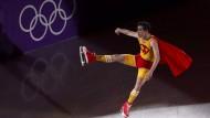 """Kurioser Olympia-Abschluss mit """"Superman on Ice"""""""