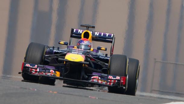 Vettel lächelt trotz Platz neun