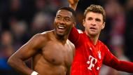 David Alaba (links) und Thomas Müller hatten viel Spaß beim Topspiel.