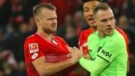 Auch die Spieler von Mainz und Hannover waren sich nicht immer grün.