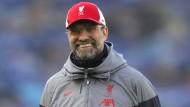 Grüßt zumindest für den Moment von der Ligaspitze: Liverpool mit Trainer Jürgen Klopp