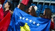 Künftig auch in Spanien gestattet: Die Flagge des Kosovo bei Sportveranstaltungen.