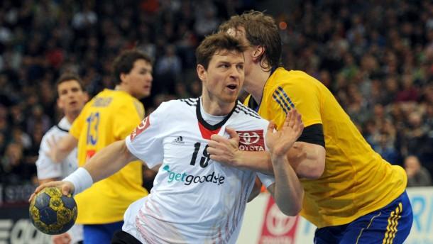 Auf einem guten Weg: Martin Strobel und die Deutschen spielen remis gegen Schweden