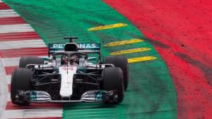 Mercedes plant den Angriff auf voller Breite