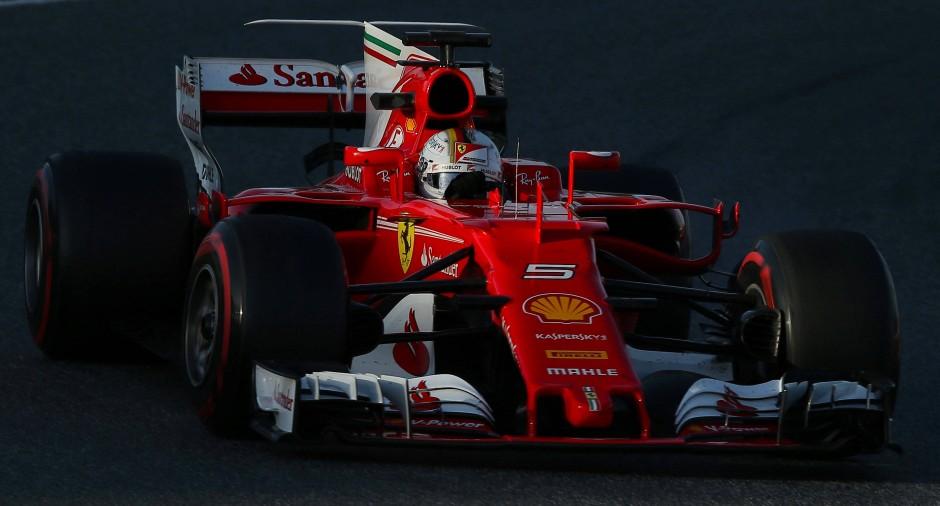 In den Kurven liegt der neue Ferrari wie ein Brett, der Motor fährt ohne zu Murren. Gute Voraussetzungen für eine spannende Formel-1-Saison. Noch sind das aber alles allein Testeindrücke.