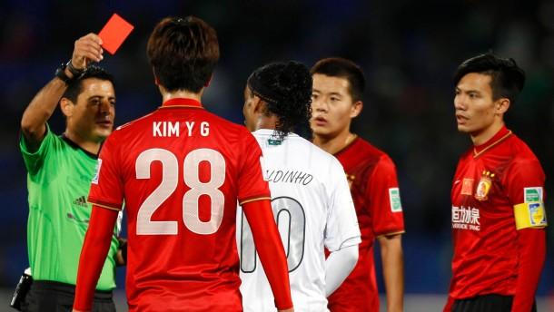 Rot für Ronaldinho