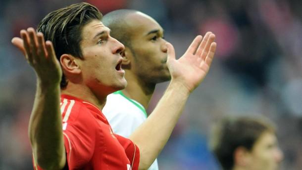 Bayerische Bodyguards für Gomez