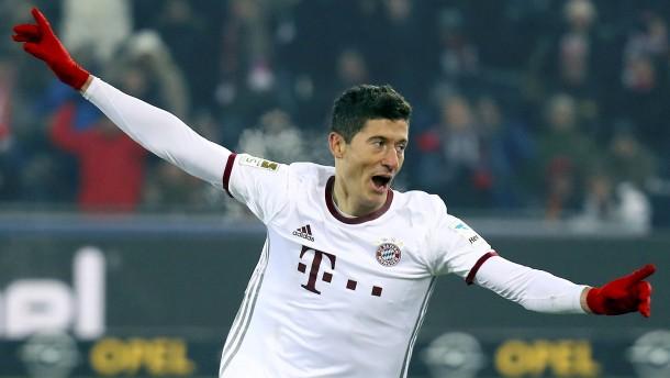 Lewandowski lässt Elber hinter sich