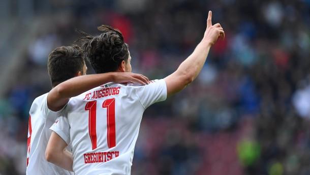 FC Augsburg: Tabellenführer, virtuell