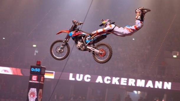 """Motocross-Pilot Luc Ackermann: """"Man weiß nicht, ob's gut geht"""""""