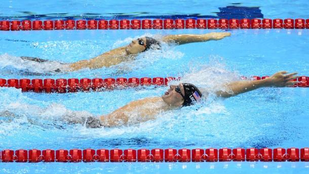Phelps schlägt Lochte