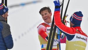 Norwegens Langlauf-Staffel rast zu Gold