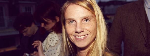 Die 40 Jahre alte Britin ist einer der wichtigsten Köpfe der Mode, berät die Marken aber lieber im Hintergrund.