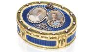 Mit Diamanten von Hofjuwelier Sebastian Garrard besetzt: Die Schnupftabakdose Georgs V. brachte 57.000 Euro ein.