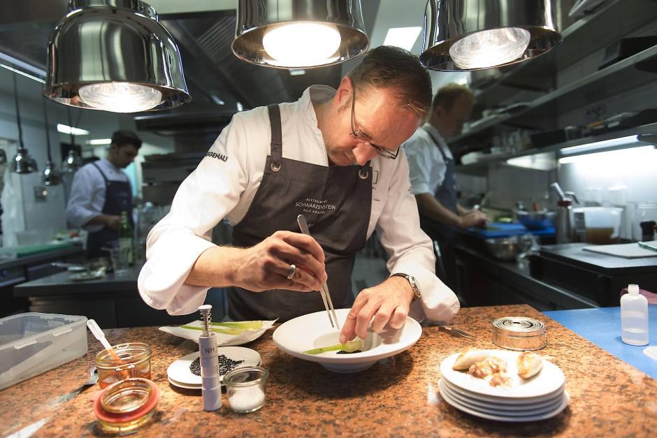 Nils Henkel ist zurück und kocht so gut, als wäre er niemals weg gewesen.