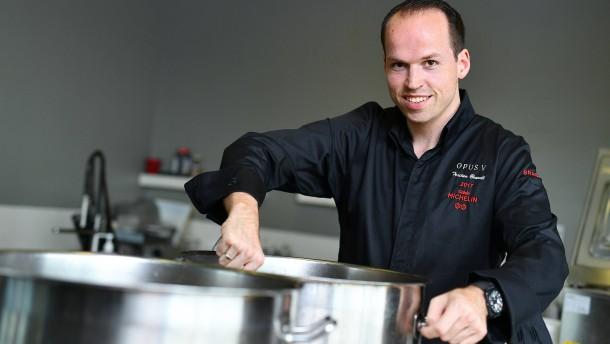 Wie schmeckt es beim jüngsten Zwei-Sterne-Koch Deutschlands?