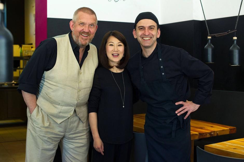 "Tester: ""Tatort""-Schauspieler Bär, Gastronomen Lee und Morillo"