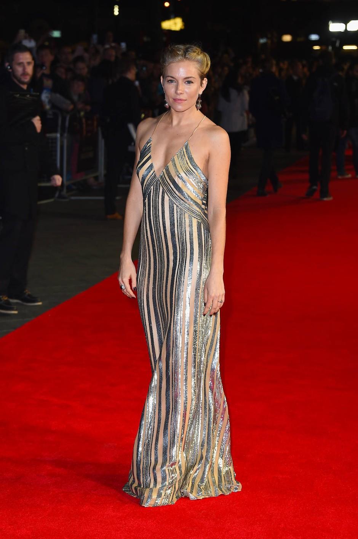 """2014: Sienna Miller bei der Premiere von """"Foxcatcher"""", in Galvan"""