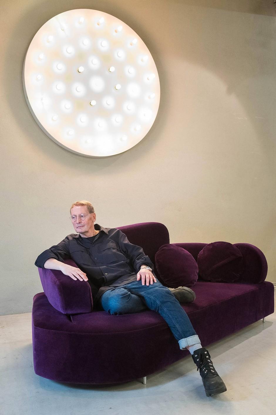 """""""Unser Leben ist Gestaltung"""": Roland Meyer-Brühl, Geschäftsführer des Möbelherstellers Brühl und Sippold GmbH in Bad Steben."""
