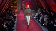 Die Hermès-Show von Etienne Russo fand im März zum ersten Mal in den Gärten des Lycée Victor-Duruy statt.