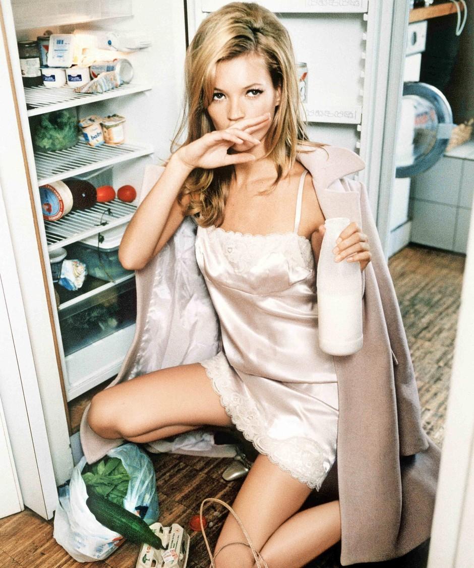 Am Kühlschrank: Kate Moss 1995 in Paris