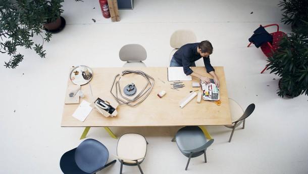 werkschau-für-möbeldesigner-stefan-diez