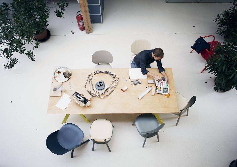 werkschau in k ln f r m beldesigner stefan diez. Black Bedroom Furniture Sets. Home Design Ideas