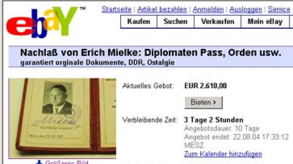 Erich Mielkes Nachlaß Bei Ebay Unterm Hammer