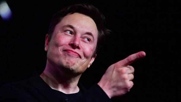 Arm, aber Tesla