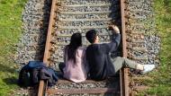 """Mit der neuen Technik kann die Bahn """"hören"""", dass sich etwas auf dem Gleis tut."""