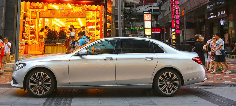 mercedes in china: die lange e-klasse als kleiner maybach - motor - faz