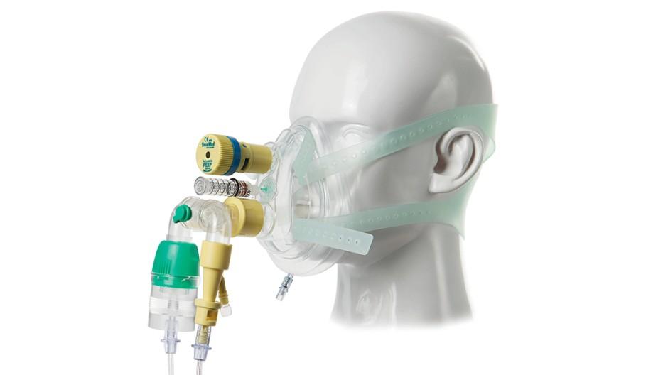 An die frische Luft gesetzt: CPAP-Masken helfen beim Atmen.