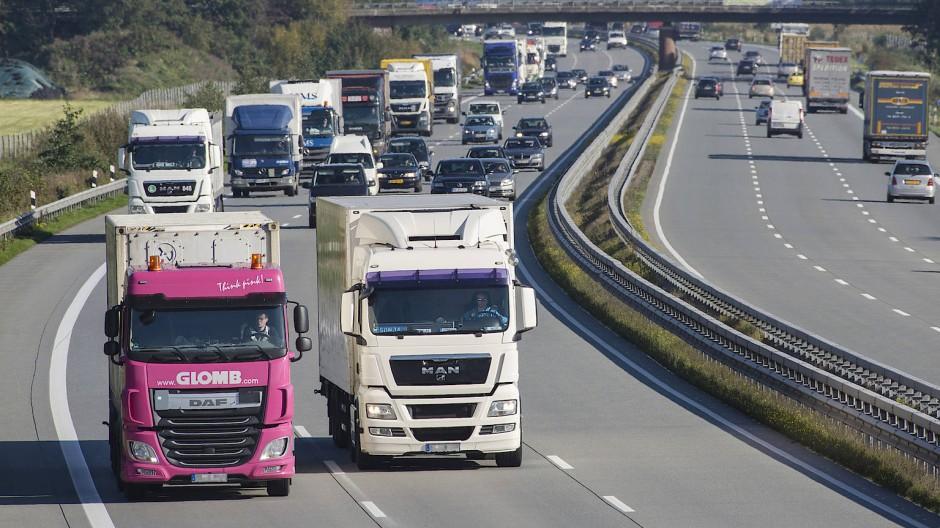 Egal ob Brennstoffzellen oder Wasserstoffmotoren das Rennen im Güterverkehr machen - ohne grünen Wasserstoff wird es nichts mit der Reduktion der CO2-Emission insgesamt.